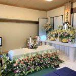 自宅での花祭壇